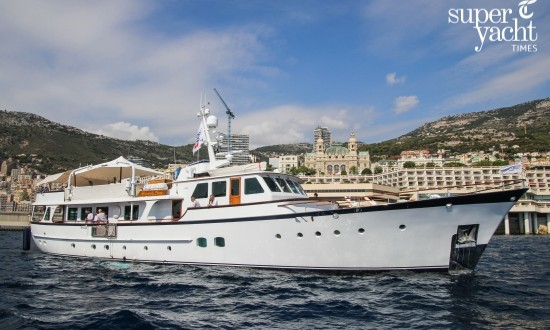Classic Feadship superyacht Heavenly Daze leaving Monaco