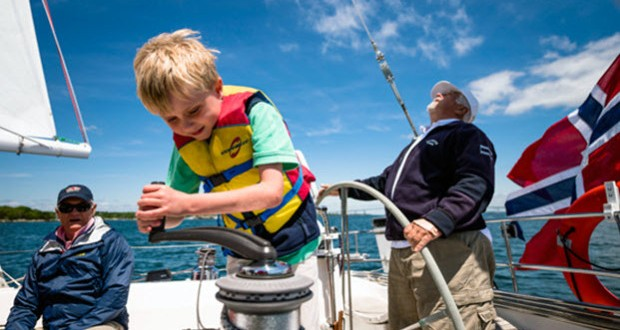 How to Get Kids to Love Sailing