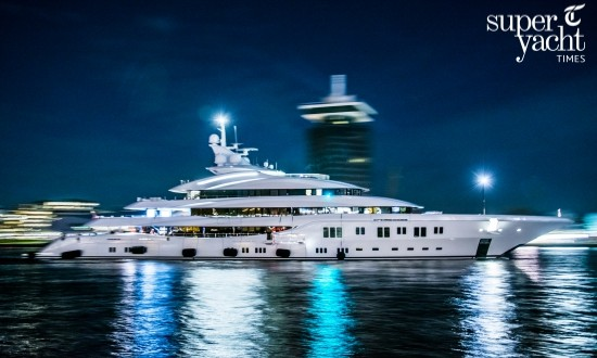In Pictures: superyacht Lady Lara arriving in Amsterdam