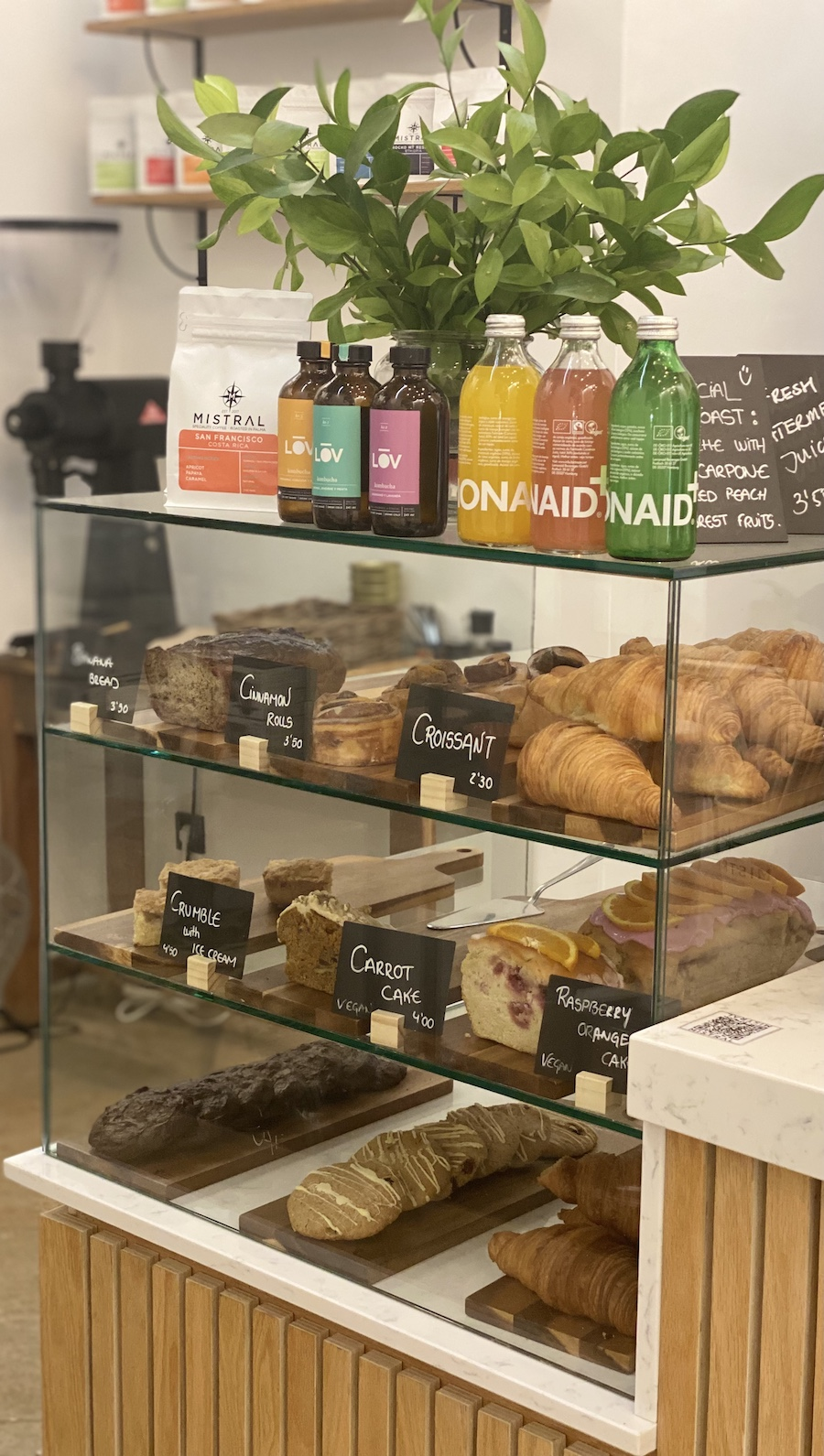 Mistral Cafe Mallorca Croissants and pastries
