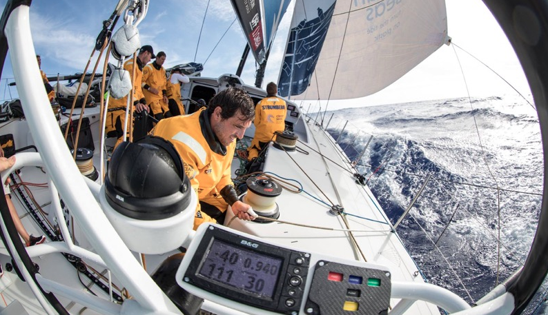 Volvo Ocean Race: First Big Gamble