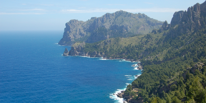 """Walk of the month May:  """"Sa Costera"""" from Mirador de Ses Barques to Cala Tuent"""