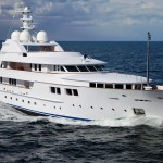 Superyacht-Jamaica-Bay-underway1