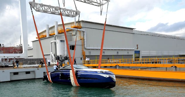 First Franck Muller yacht touches water