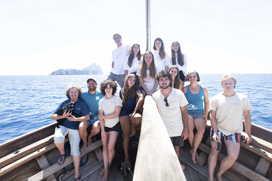 Group of Changemakers onboard SV Rafael Verdera bow